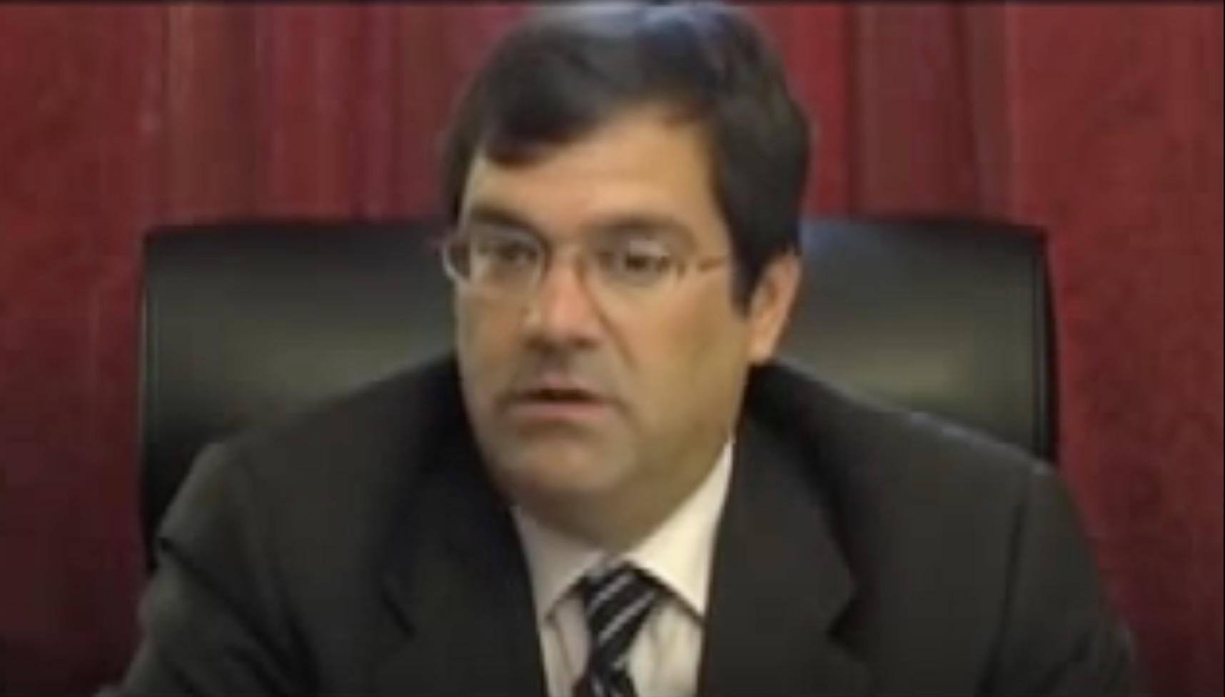 Democrat Chris Hunter challenges Bilirakis