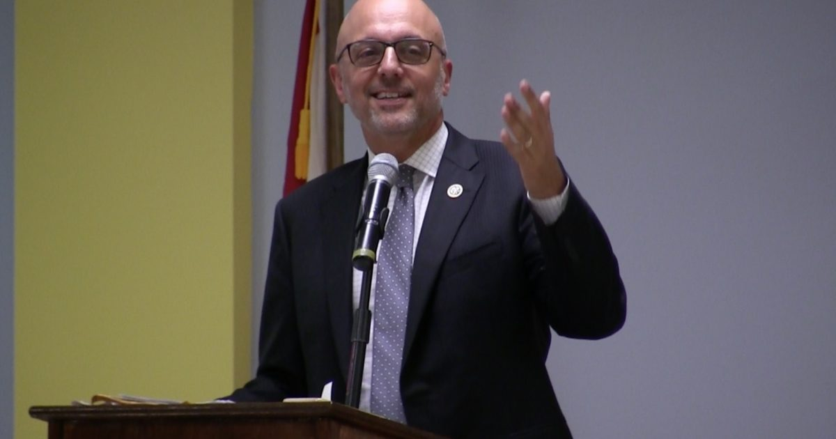 Deutch, Nelson continue opposing oil drilling off Florida's coastline