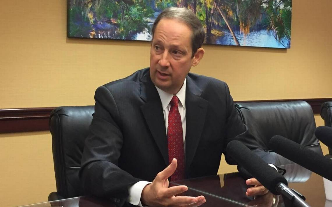 Negron targets sexual harassment as session opens