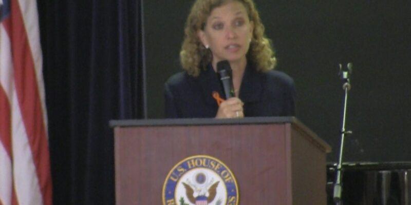 """Wasserman Schultz on Va sexual assault allegation: """"Investigation is warranted"""""""