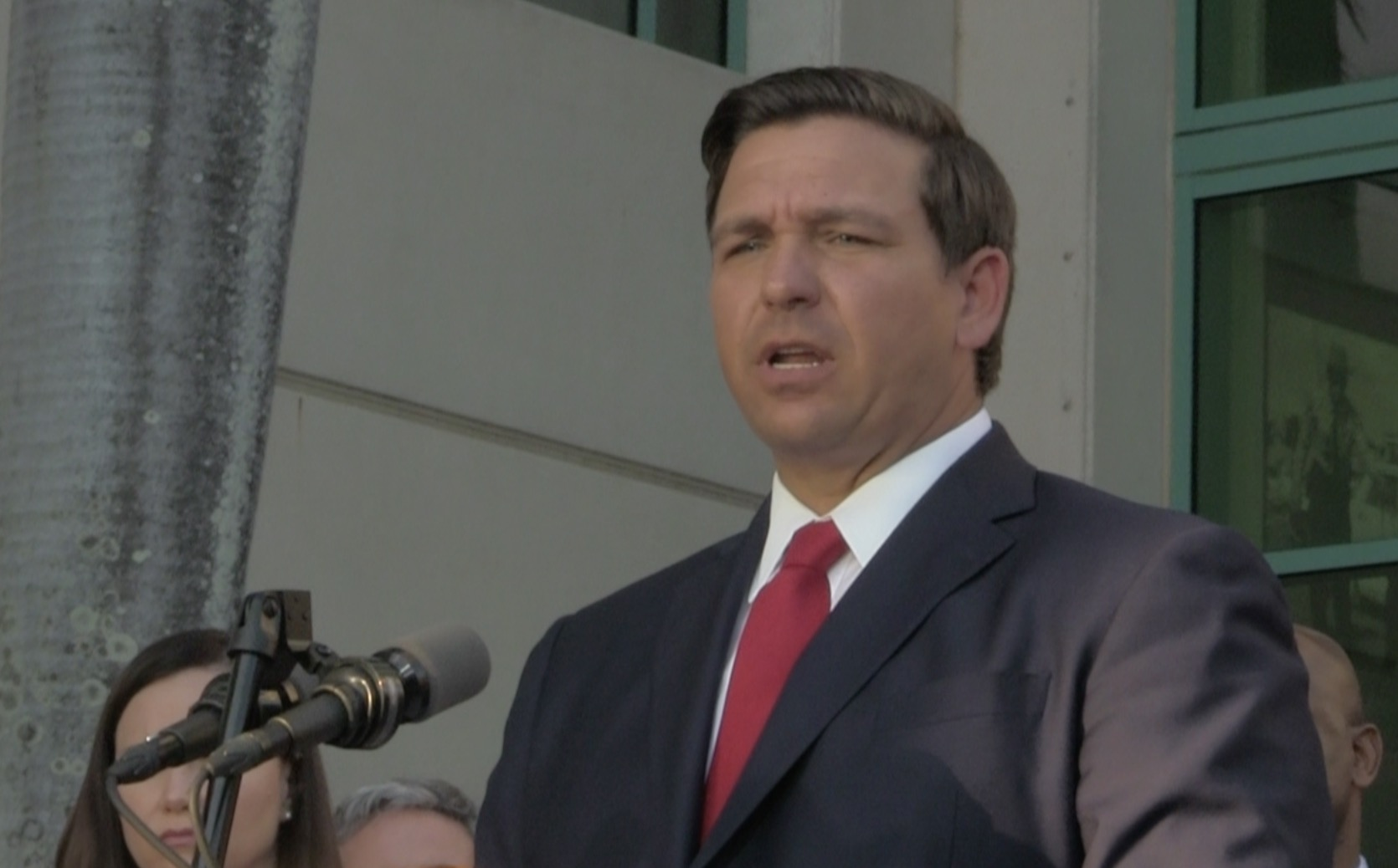 DeSantis Says NO Lockdown for Florida