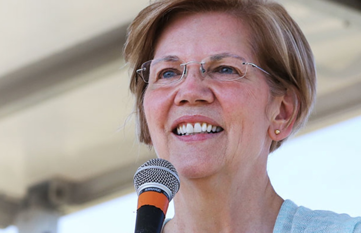 Warren pushes for universal free public college