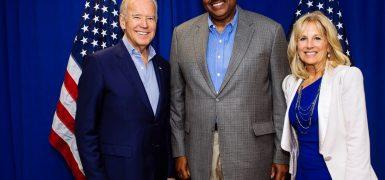 Rep Lawson with VP Biden (2)
