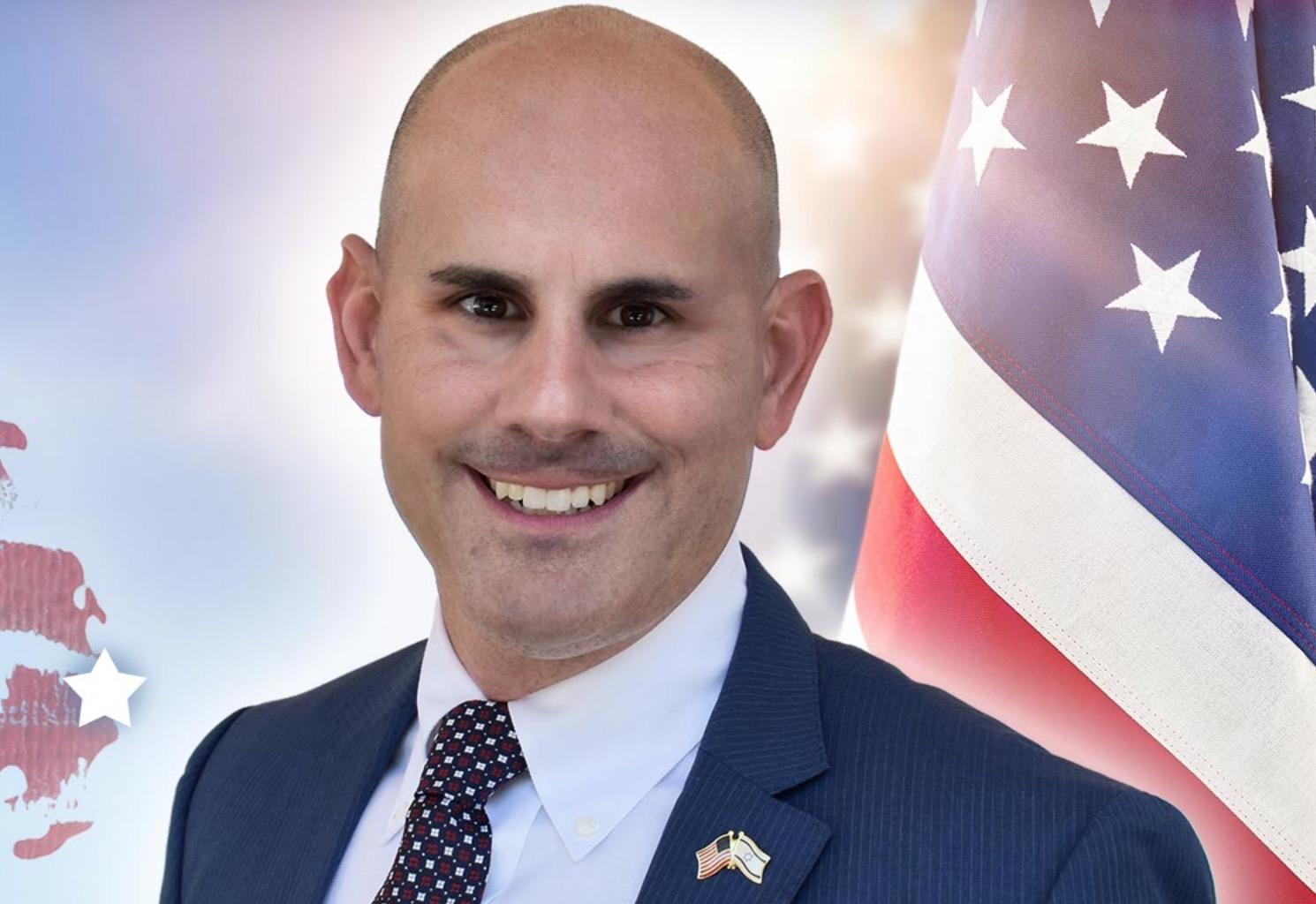 Combat veteran Michael Bluemling, Jr challenges Lois Frankel