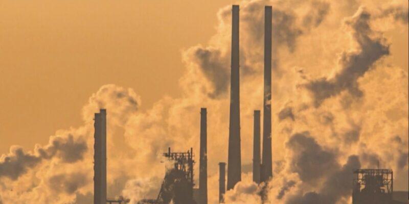 Senate Democrats introduce progressive carbon tax