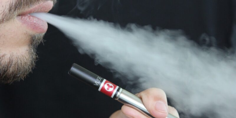 Close Loophole that lets Teens buy E-Cigarettes Online