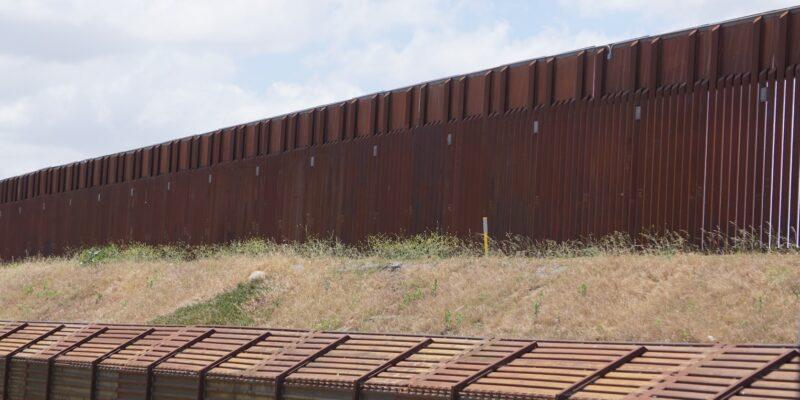 "Wasserman Schultz says Trump's border wall ""ineffective"" as smugglers cut through"