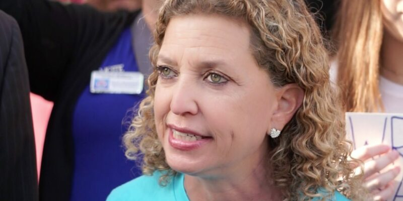 Wasserman Schultz demands DeSantis make masks mandatory