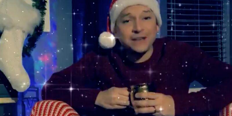 """Rep """"Christmas Carlos"""" Smith debuts in Gay Christmas Play"""