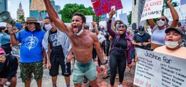 Photo by Miami Herald's Al Diaz