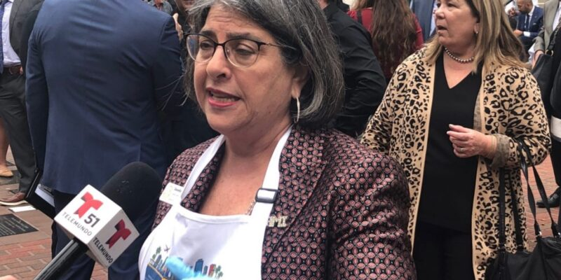 Daniella Levine Cava asked to resign from Miami-Dade County Commission