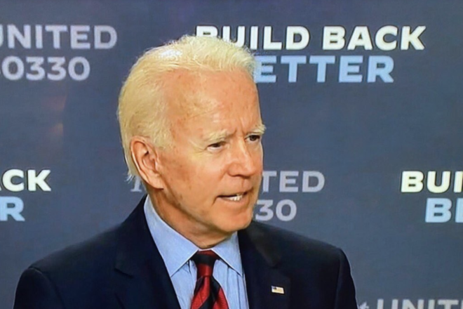 Biden alienates swing states of Pennsylvania and Ohio, says he'll end oil industry