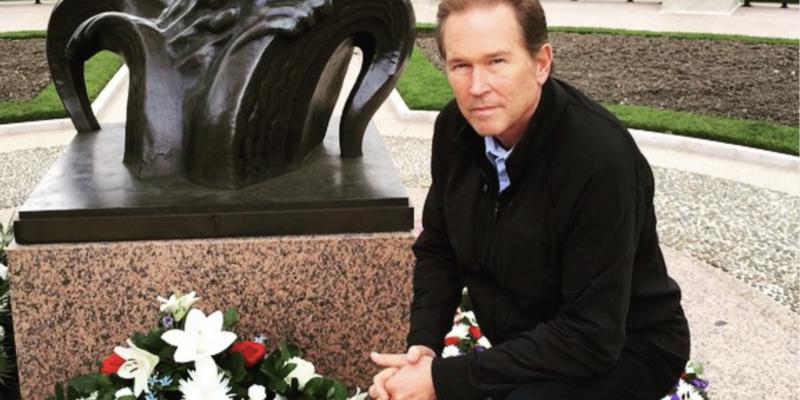 Buchanan, Deutch Senior Anti-Scam Bill Passes