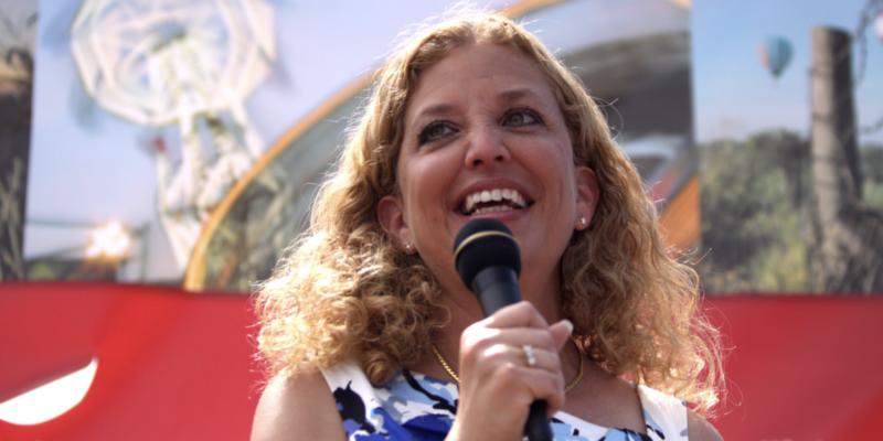 "Wasserman Schultz upset Senate GOP pushing ""lame duck judges"" over COVID relief"