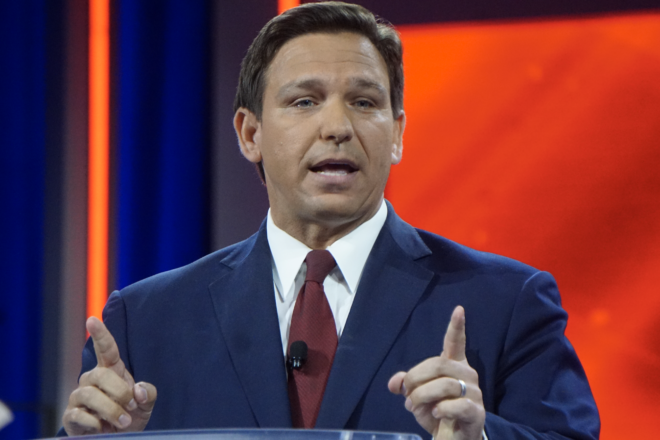 DeSantis Signs Executive Order Preventing 'Vaccine Passports'