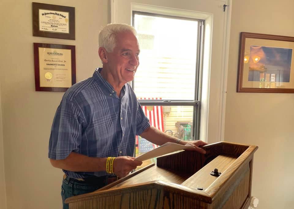 Crist's Gubernatorial Announcement Falls Flat, Confuses DeSantis With Rick Scott