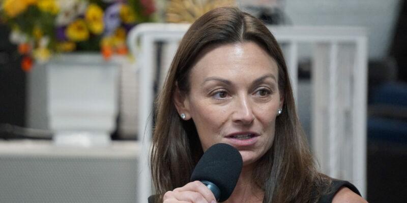 Nikki Fried's Subtle jab at 'Career Politician' Charlie Crist