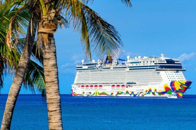 Norwegian Cruise Company Sues Florida Over Vaccine Passport Law