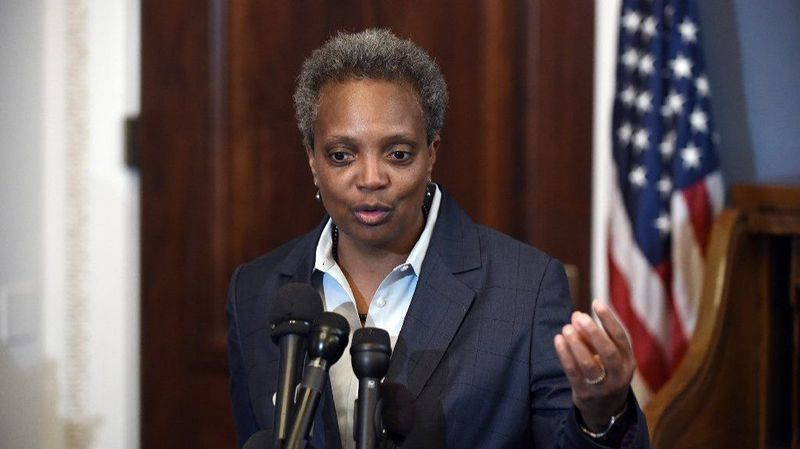 Mayor Lori Lightfoot Loses the Bears From Chicago